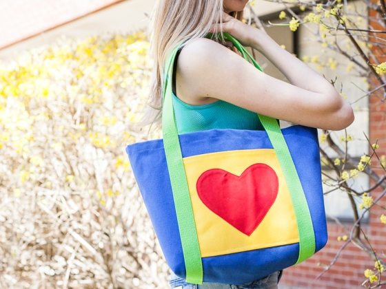 lucycanvas-heart-073013-kids-780